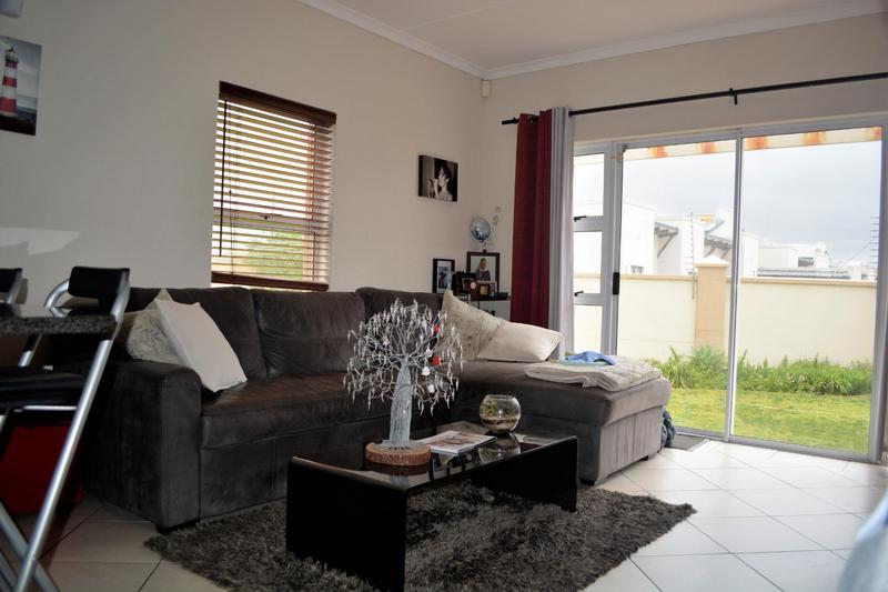 Property For Sale in Muizenberg, Cape Town 16