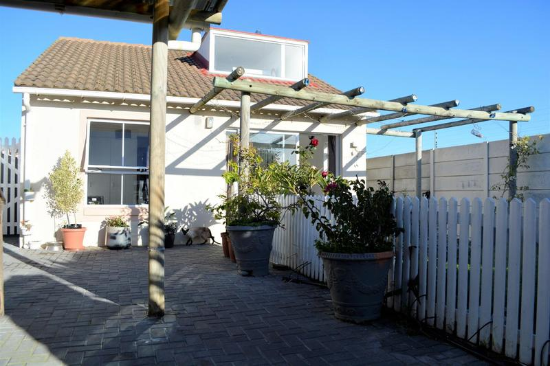 Property For Sale in Muizenberg, Cape Town 1