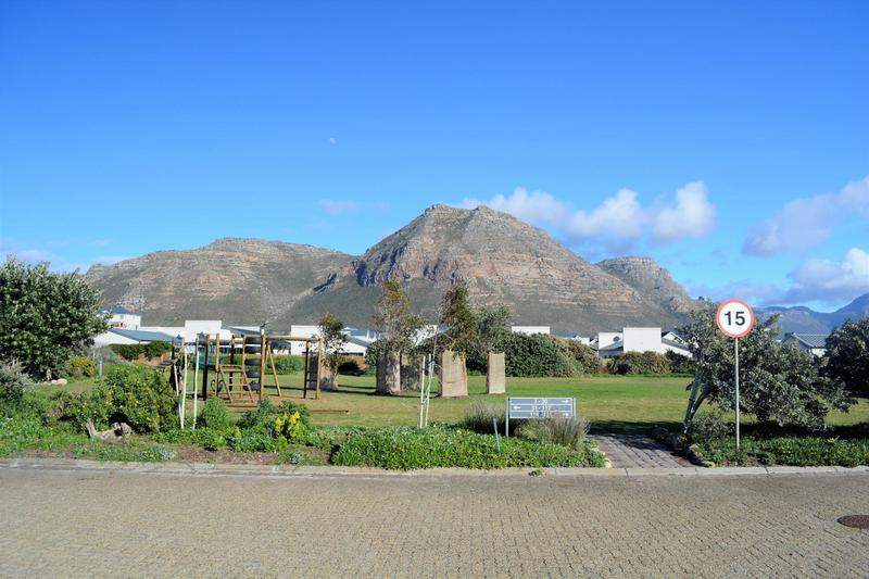 Property For Sale in Muizenberg, Cape Town 23