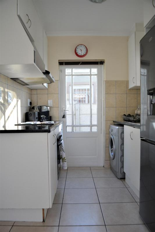 Property For Sale in Muizenberg, Cape Town 6
