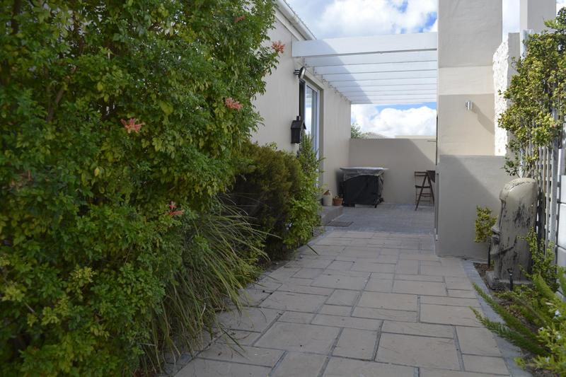 Property For Sale in Muizenberg, Cape Town 7