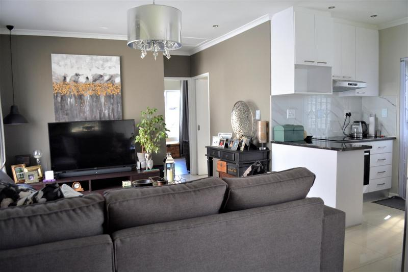 Property For Sale in Muizenberg, Cape Town 14