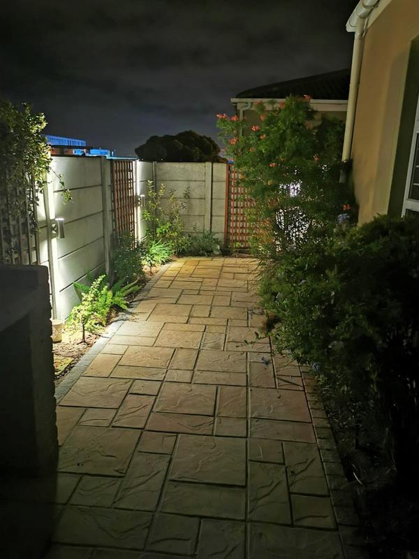Property For Sale in Muizenberg, Cape Town 22